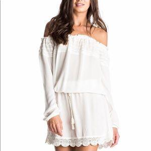 Roxy .Off the shoulder Long Sleeve Dress, size S.